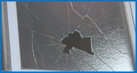 窓ガラスの修理
